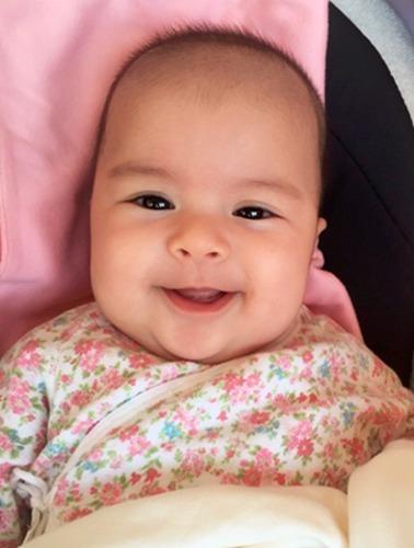 娱乐圈最新混血小萌神,梁咏琪家的小宝贝越长越漂亮了!