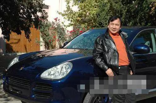 中国首位宝马保时捷车主:竟全是北京前首富李
