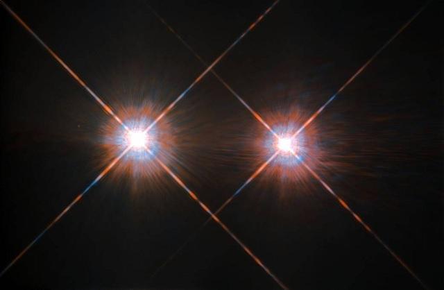 半人马座α星_除了比邻星,半人马座α星系中还有两颗靠得很近恒星——半人马座α星a