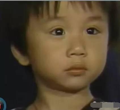 小小彬 的悲剧童年