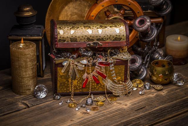 同时还会随机发现钻石宝箱,神秘商人,宝藏小妖等,颠覆一成不变的无趣