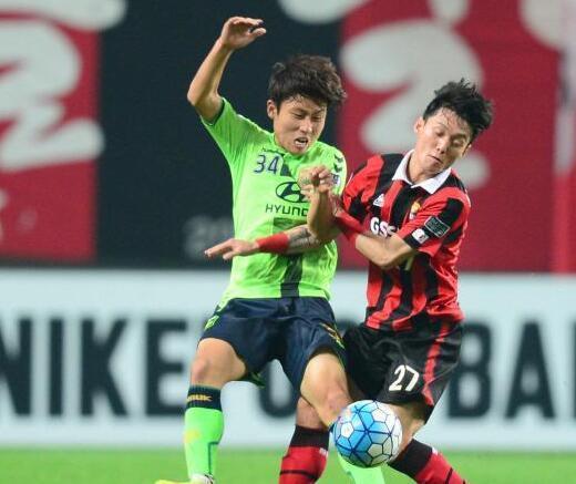 亚冠全北客场1-2负 总比分5-3首尔进决赛 - 体育