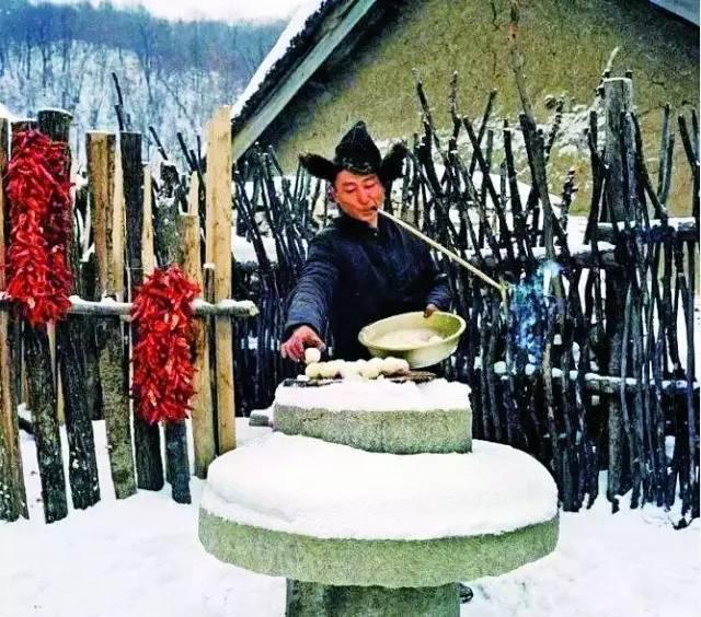 东北农村冬天的真实生活,东北农村生活老照片图片
