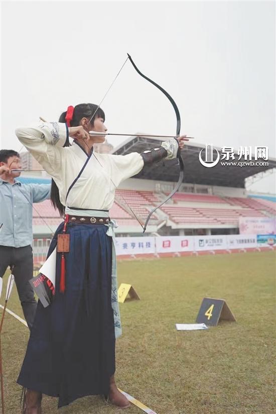2017晋江v奖杯邀请赛在晋江体育场举行弓友聚奖杯图片轮滑图片