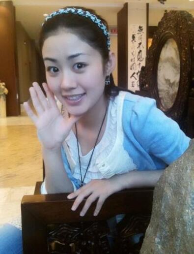 王小蒙毕畅结婚生娃后发福显老 清纯秀丽的形