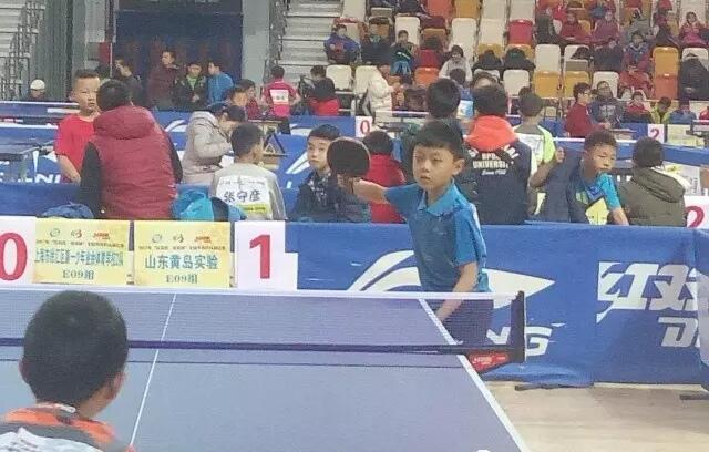 黄岛这个娃娃厉害了,全国乒乓球比赛闯进前八