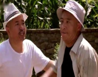 赵本山赵四刘能小品_这个狡猾徒弟私自演出,差点被赵本山逐出师门,如今大红大紫!