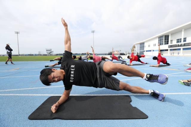 直击中国国家田径队短跑队赴美跨年集训 - 体