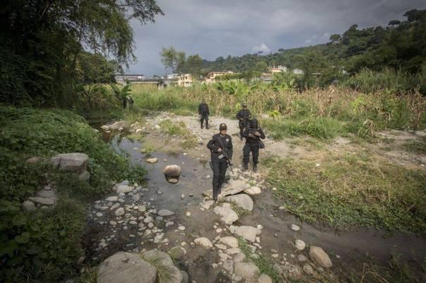 墨西哥遣返移民人数已超美国 边防女警没时间